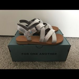 Girls Toms Silver Sandals 12.5T